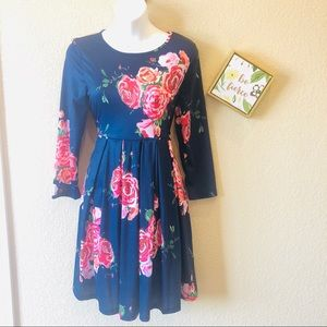 She's Long sleeve navy floral dress NWT pockets